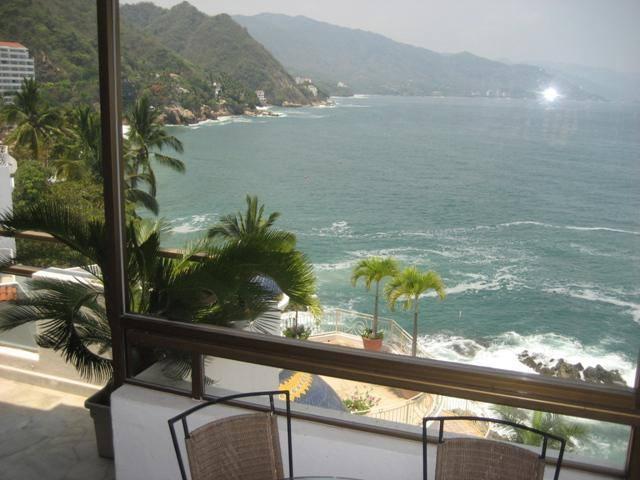 Deck view villa victoria galv n real estate and services for Villas victoria los ayala
