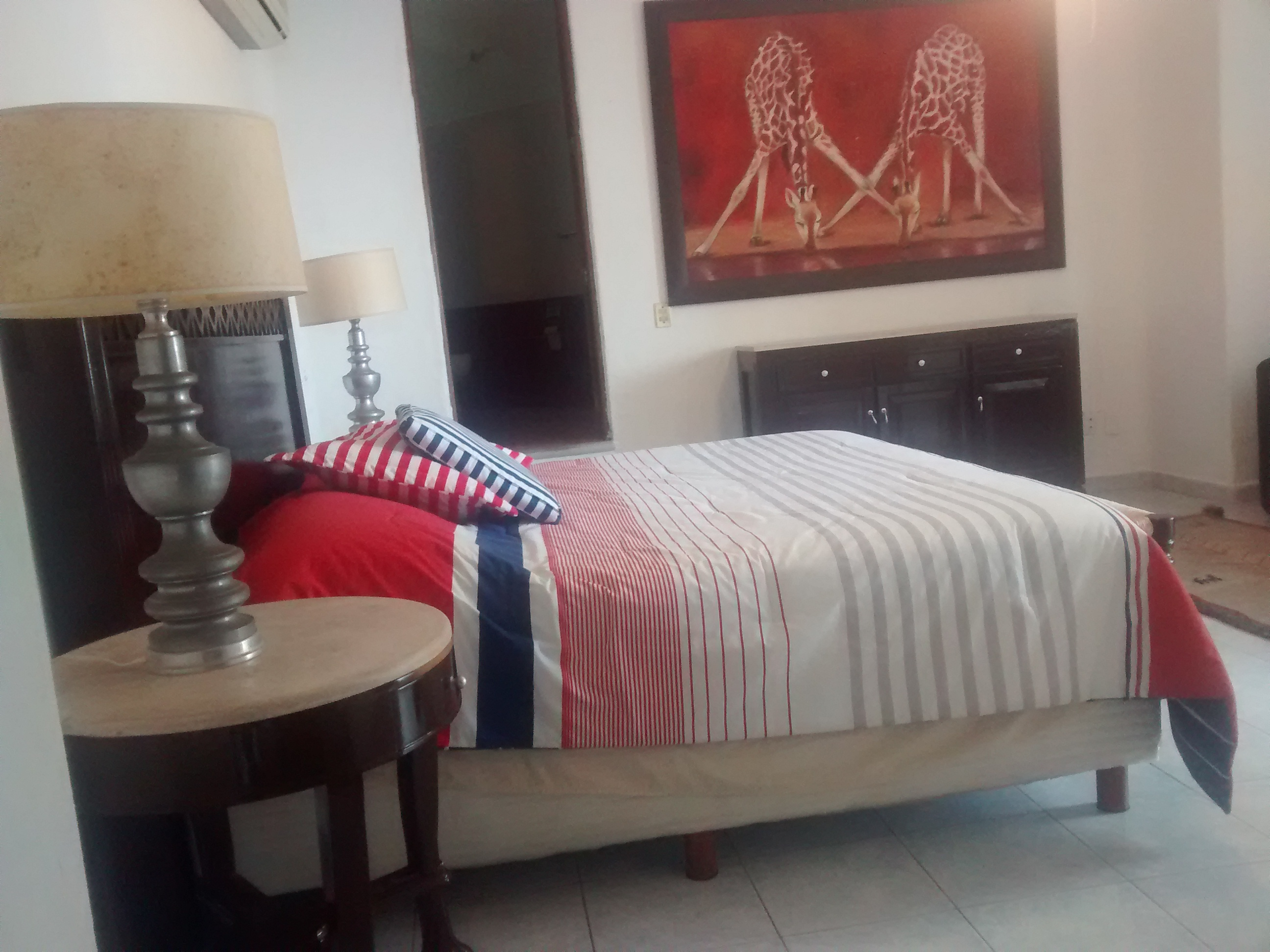 Giraffes galv n real estate and services for Villas victoria los ayala