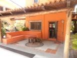Outside Living Casa de Aves