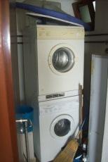 Condo Saffy Laundry