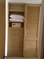 Closet Condo Jan