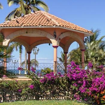 Bucerias Town Square