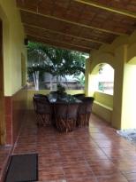 casa-bella-outside-dining