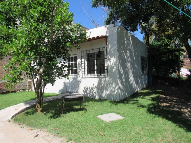 Bungalow Echeverria – For Rent – Lo De Marcos