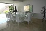 Condo Arena Blanca Dining